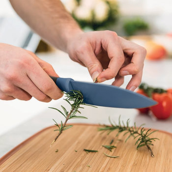 Leo Small Chef's Knife with Herb Stripper - Blue