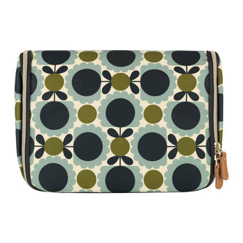 Scallop Print Hanging Wash Bag