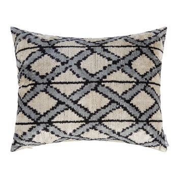 Velvet Cushion - 40x50cm - Blue Diamond Pattern