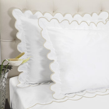 Scallop Oxford Pair Of Pillowcase - White/Taupe