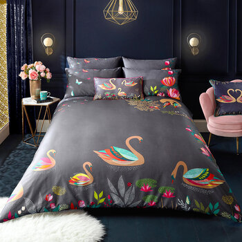 Swan Quilt Set - Dark Grey