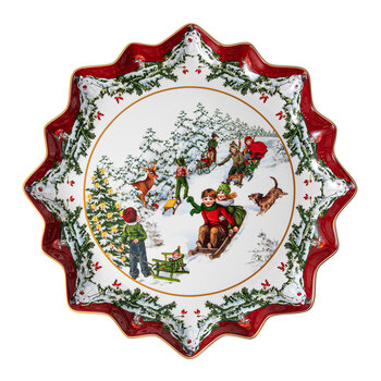 Toy's Fantasy Pastry Plate - Deep - Sleigh Ride