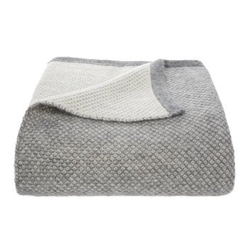 Qori Knitted Reversible Throw - Soft Grey/Cream