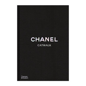 Chanel Catwalk: The Complete Collections Book
