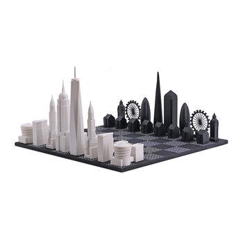 London Vs New York Acrylic Chess Set with Wooden Board