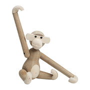 monkey-wooden-figurine-small-maple