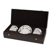 gardens-birds-teacup-and-saucer-set-of-2-luxury-gift-box