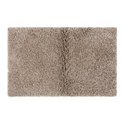 plush-bath-mat-linen
