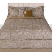 le-sueur-quilted-bedspread-beige