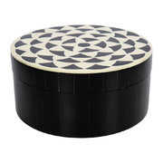 round-geometric-resin-and-horn-box-black-white