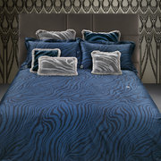 macro-zebrage-bed-set-blue-super-king