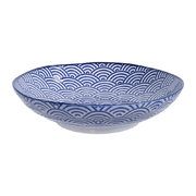 nippon-blue-pasta-plate-wave