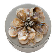 antique-jewellery-box-with-shell-flower-silver