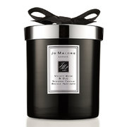 velvet-rose-oud-home-candle
