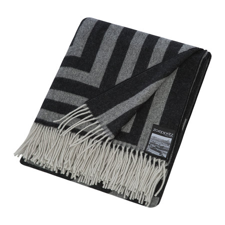 Zoeppritz since 1828 - 1828 Fringed Blanket - Black