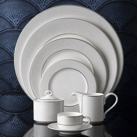 Royal Crown Derby - Effervesce Charger Plate - Pearl
