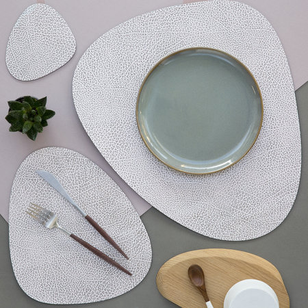 LIND DNA - Hippo Curve Table Mat - White Gray - Small