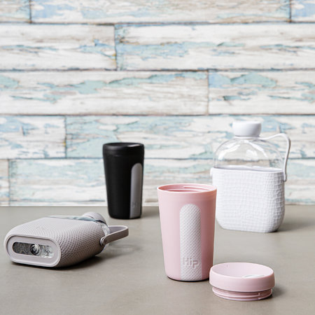 Hip - Reusable Bottle with Silicone Sleeve - 650ml - Cloud