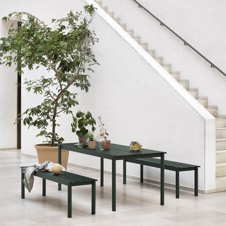 Muuto - Linear Steel Table - Dark Green - 140x75cm