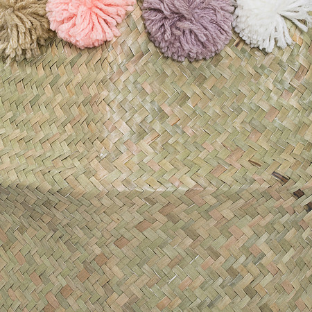 Bloomingville - Seagrass Basket with Pom Poms - Multi