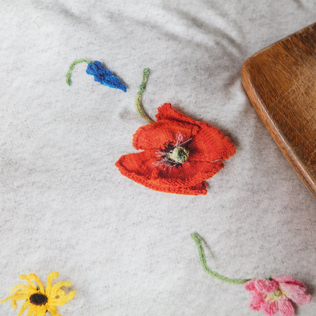 Snurk - Knitted Flower Quilt Set - Single