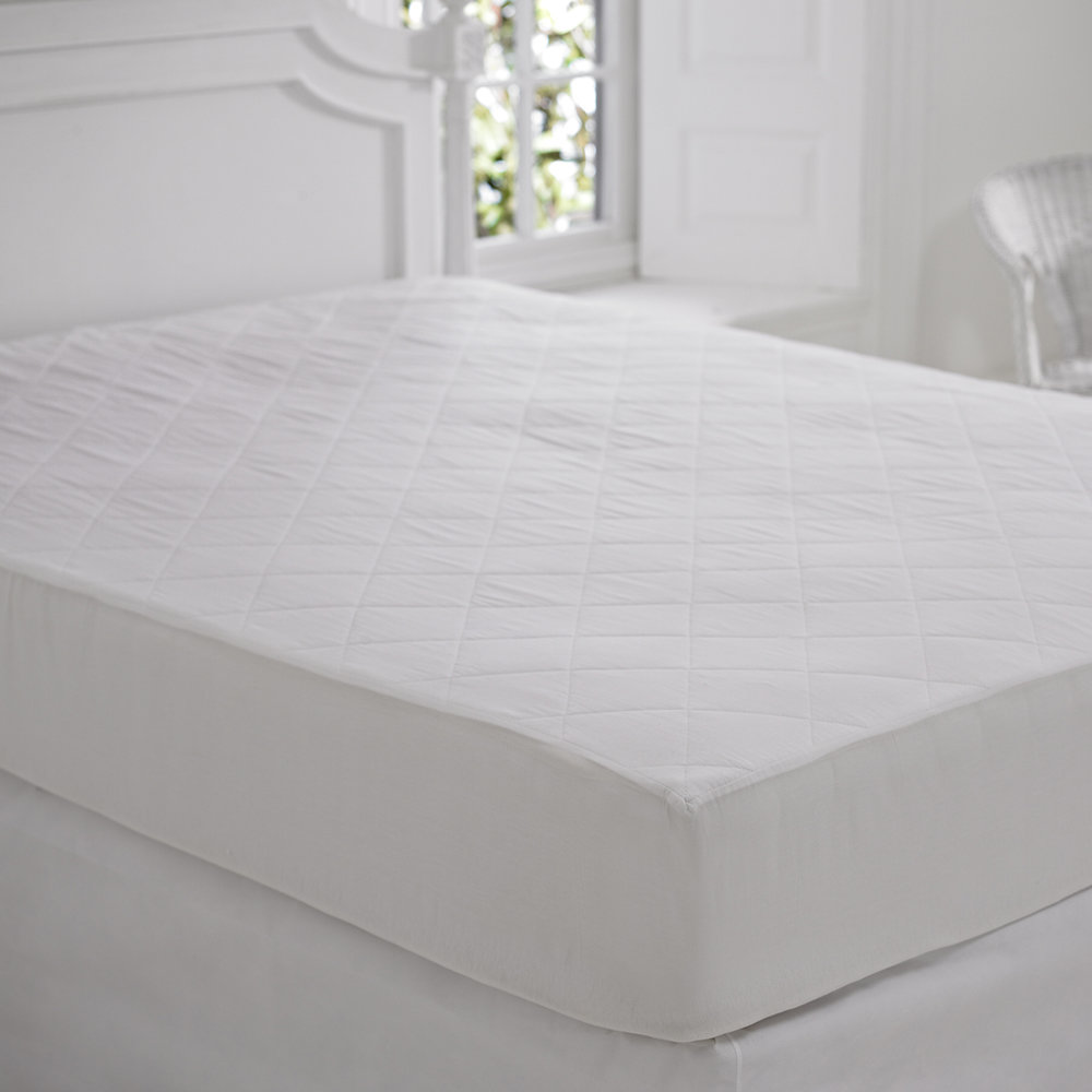 A by AMARA - Anti Allergy Mattress Protector - UK Double