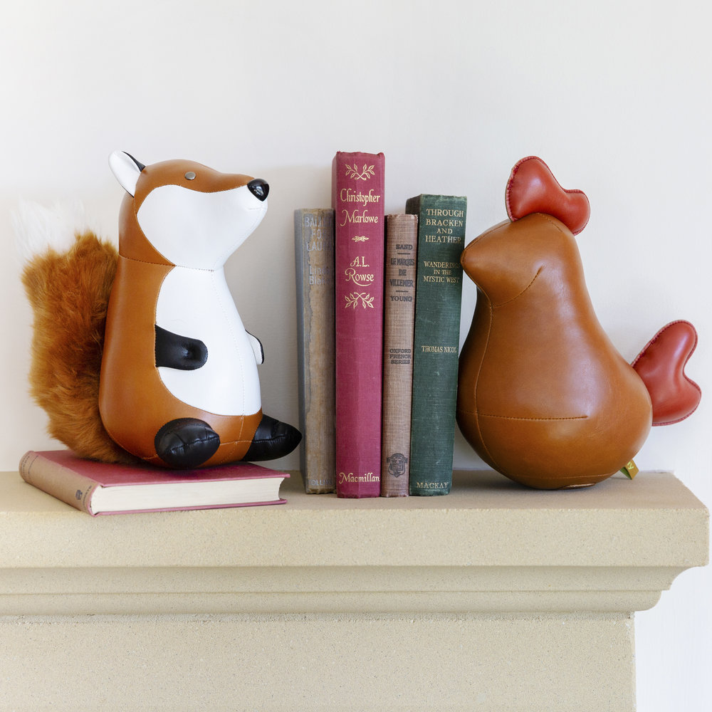 Züny - Chick Iger Bookend - Tan & Red