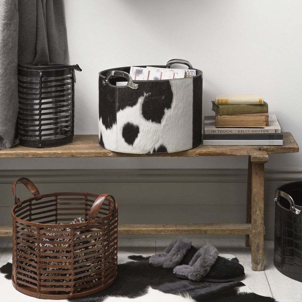 Luxe - Spotted Cowhide Rug - Black/White