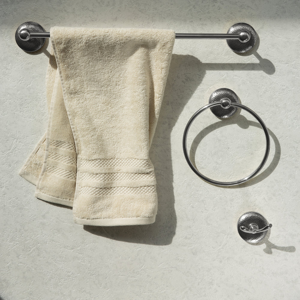 Essentials - Mottled Towel Ring - Silver