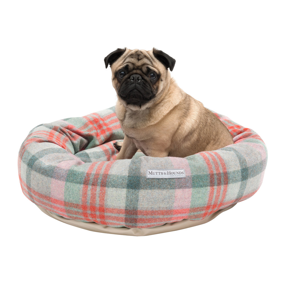 Mutts & Hounds - Tweed Donut Bed - Macaroon - Large