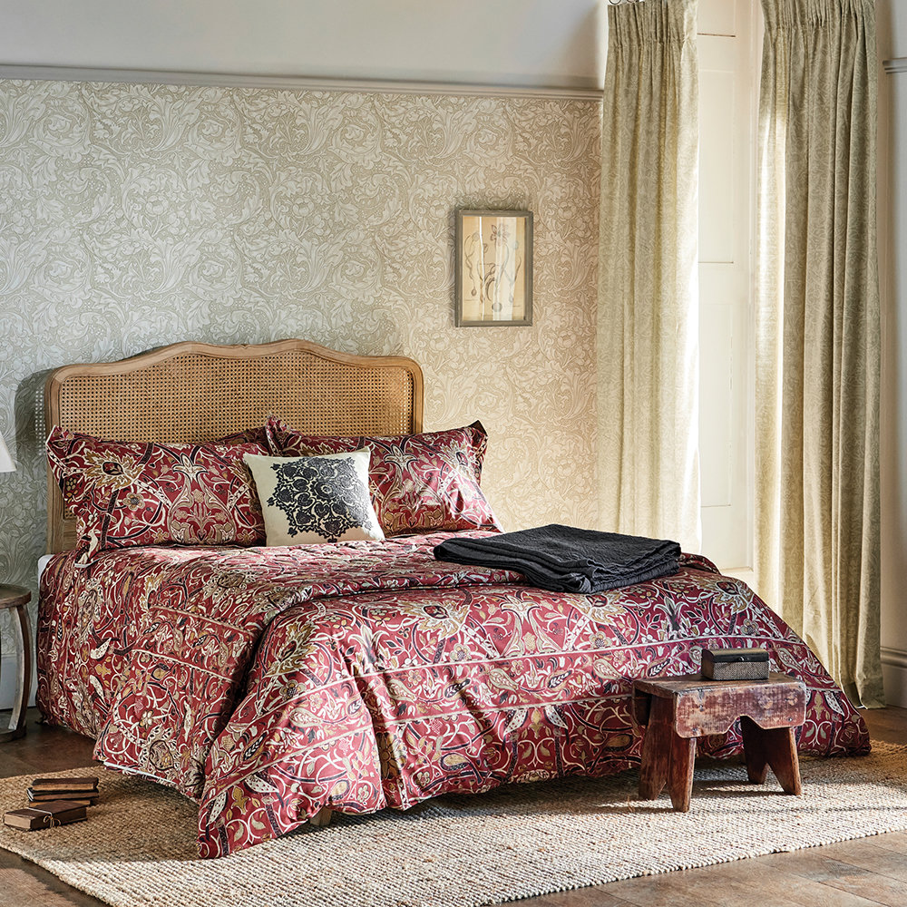 Morris & Co - Bullerswood Quilted Throw - Paprika