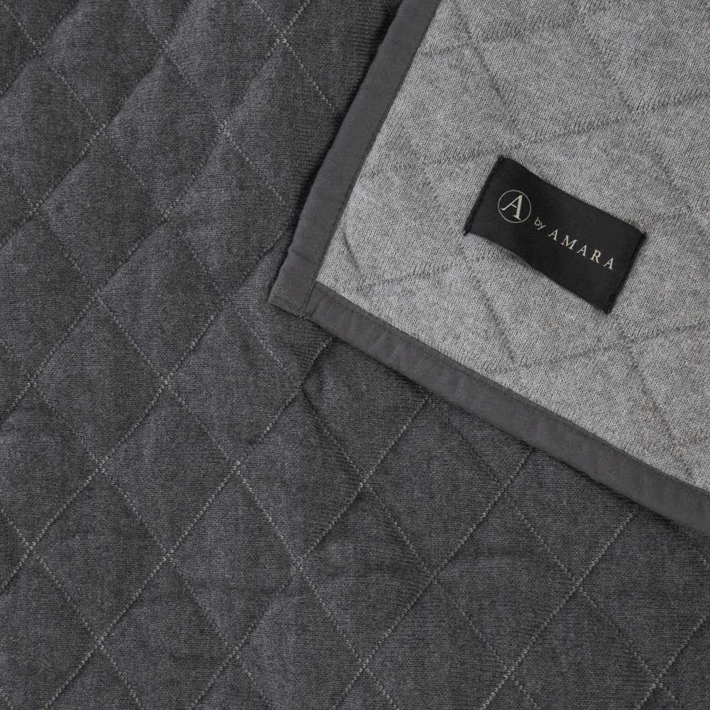 A by AMARA - Diamond Quilted Reversible Throw - 130x170cm