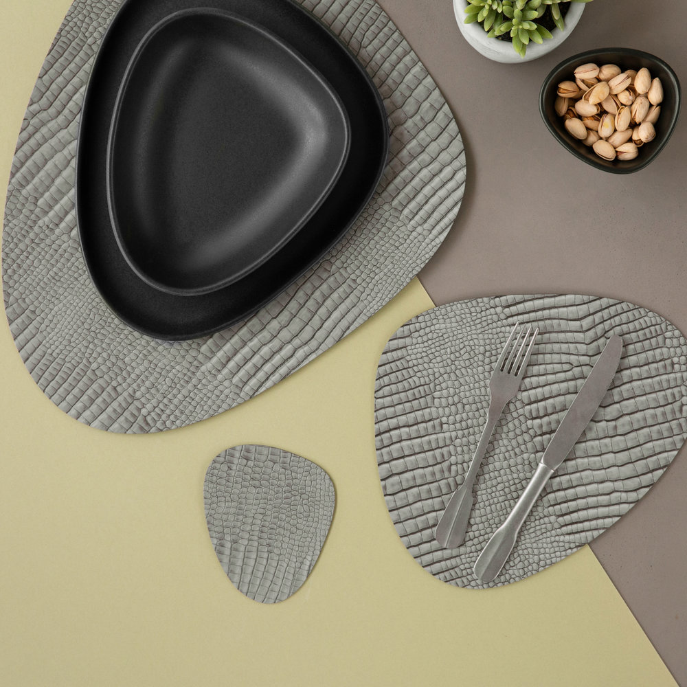 LIND DNA - Croco Curve Table Mat - Silver/Black - Large