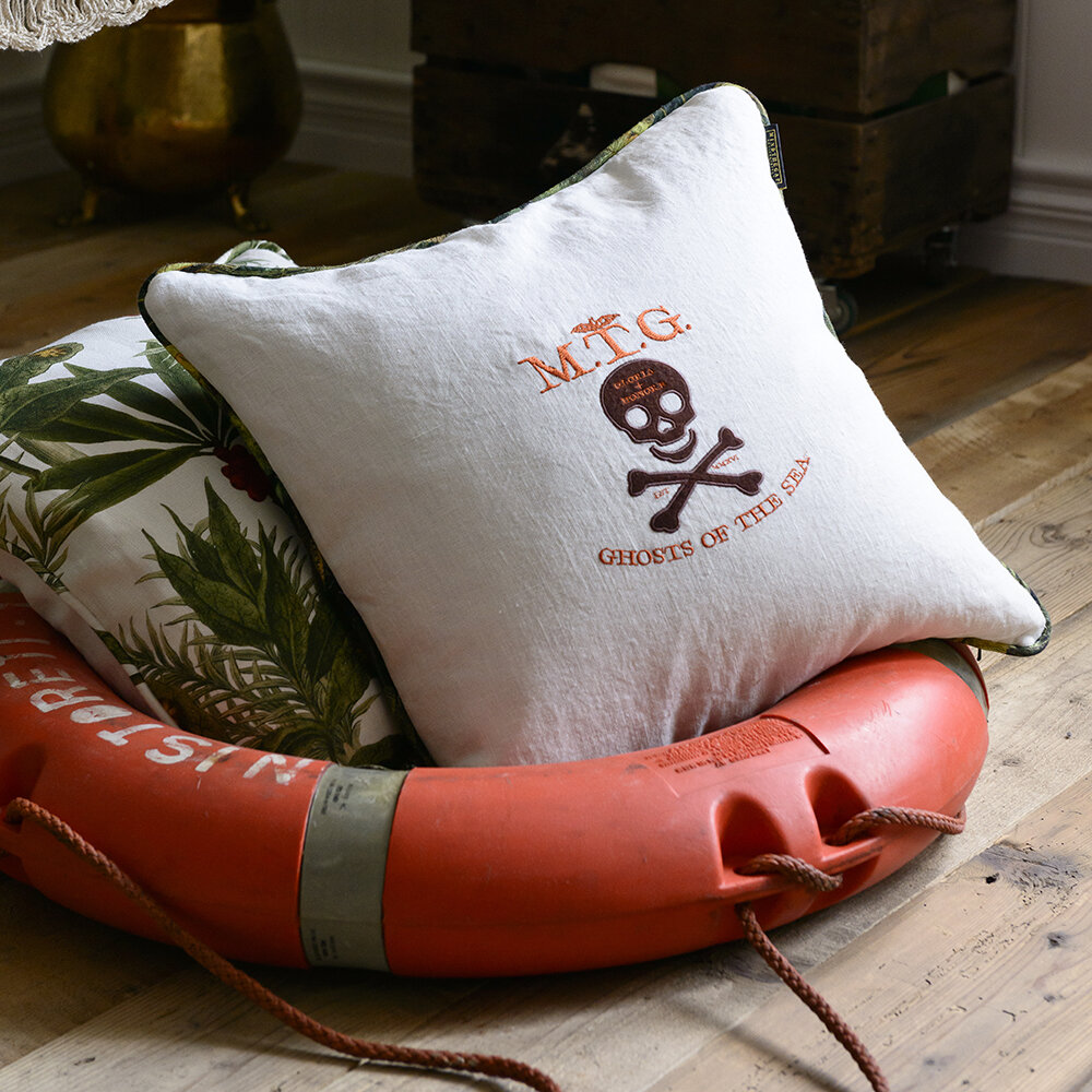 MINDTHEGAP - Ghost of the Sea Pillow - 50x50cm