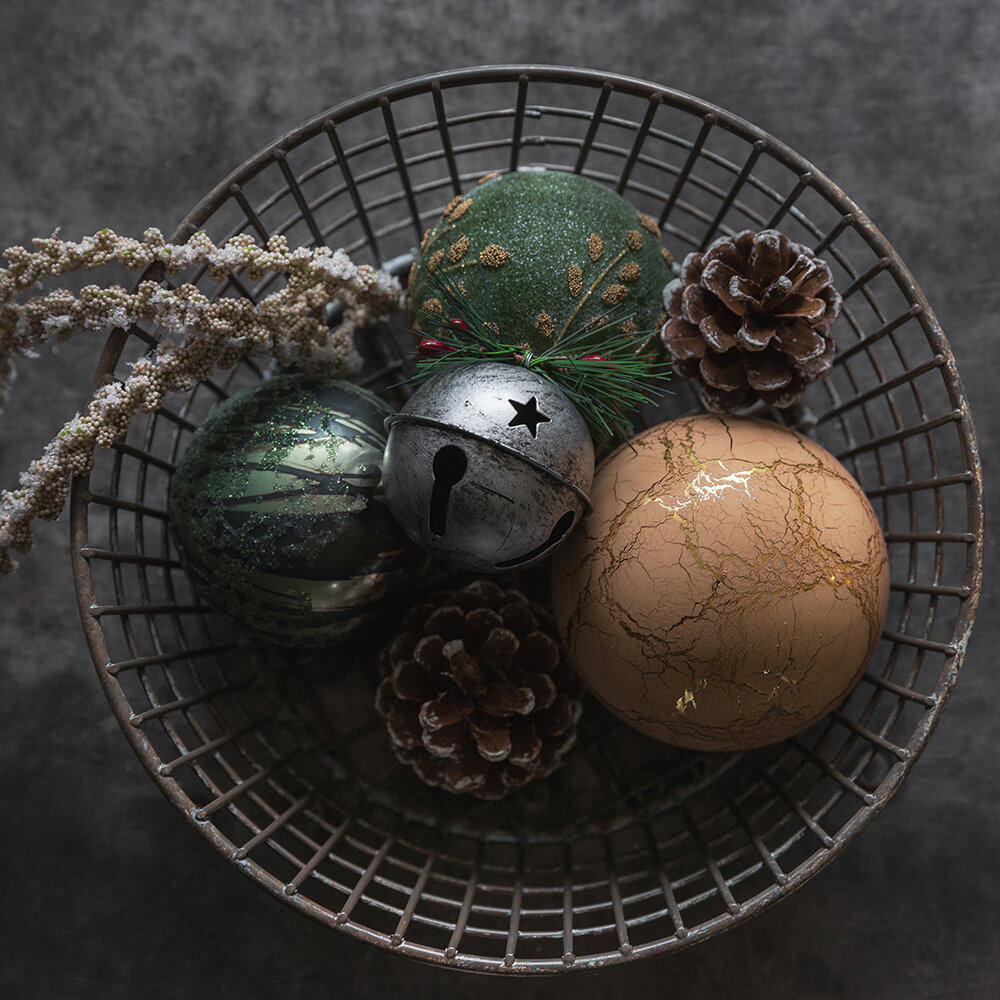 A by AMARA - Antique Finish Bauble - Set of 3 - Green