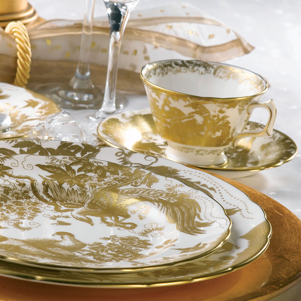 Royal Crown Derby - Aves Gold Dinner Plate