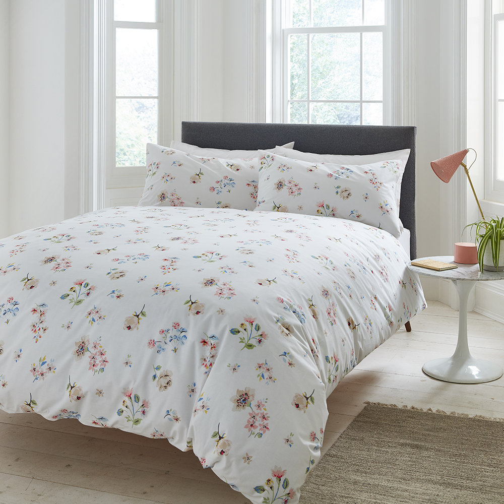 Cath Kidston  Scattered Pressed Flowers Duvet Cover  Double