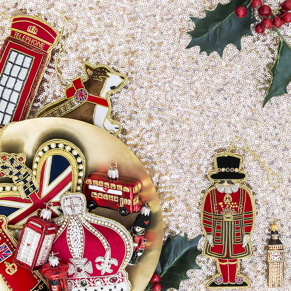 Buy tinker tailor union jack crown christmas tree for Decoration murale union jack