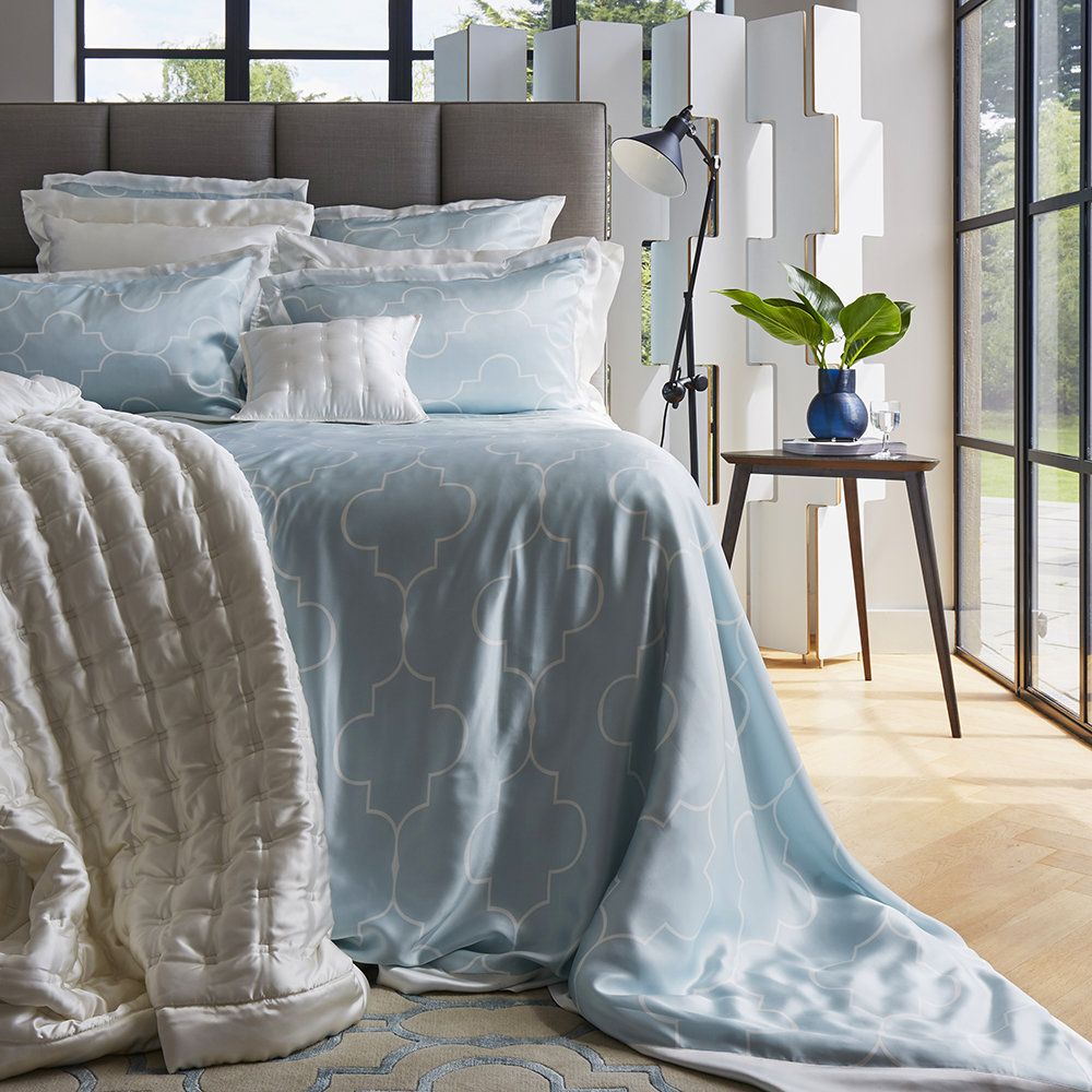 Gingerlily  Casablanca Silk Duvet Cover  Ivory/Ice Blue  Super King