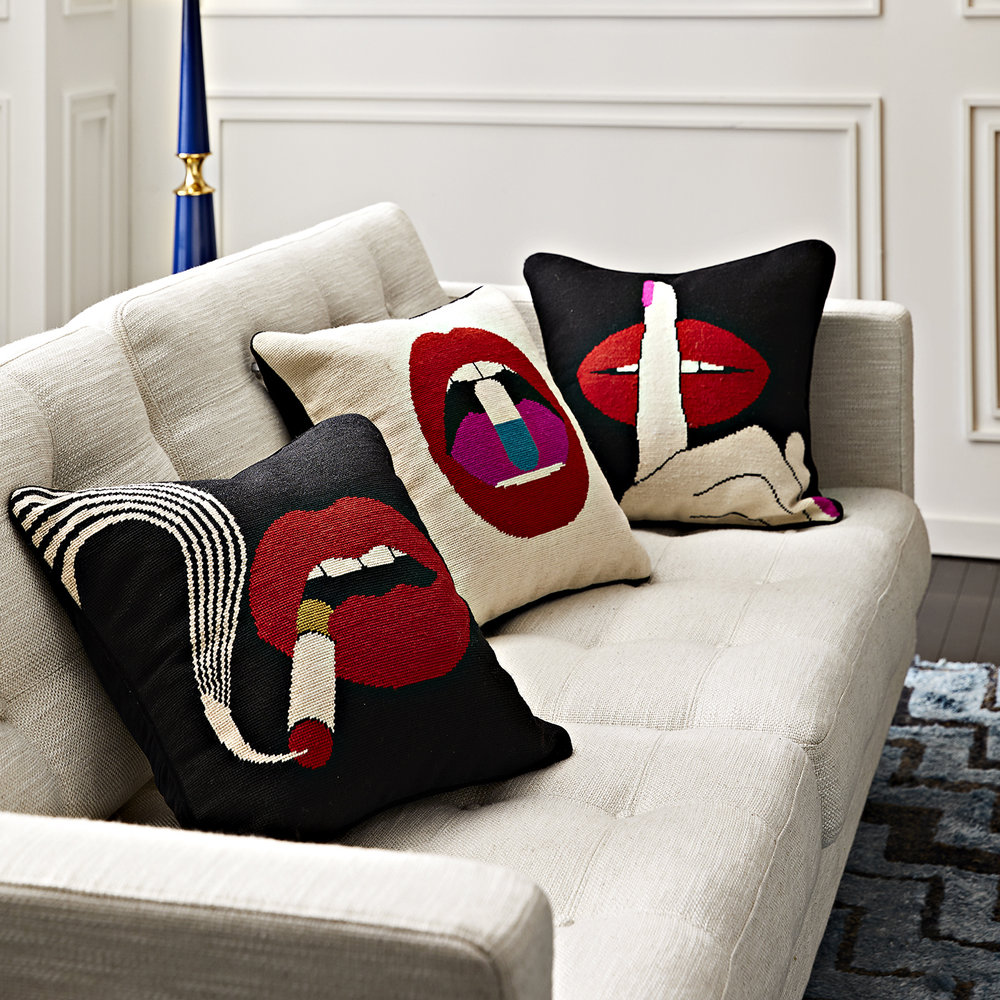Jonathan Adler - Needlepoint Pillow - 45x45cm - Lips Smolder