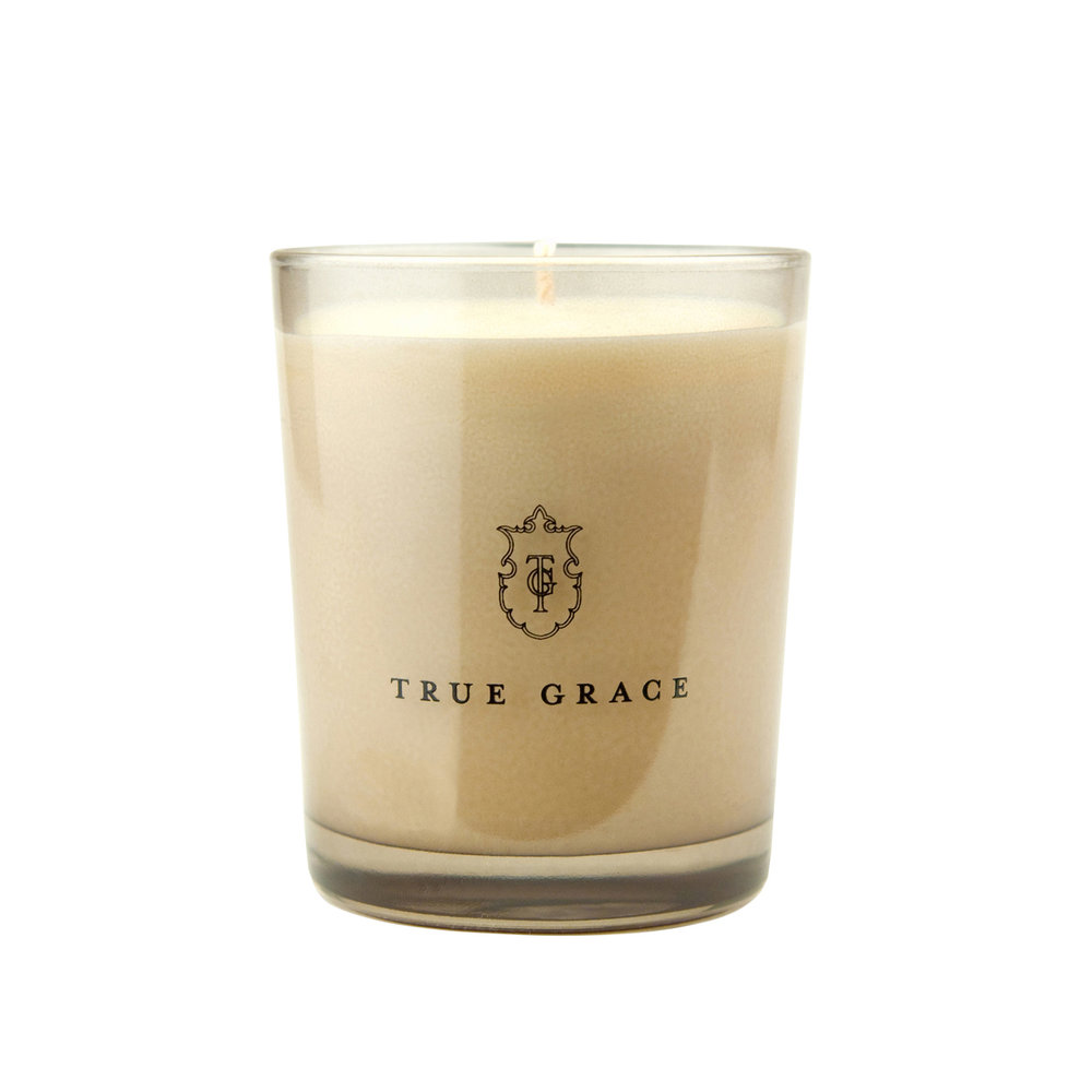 True Grace - Manor Classic Candle - Portobello Oud - 190g