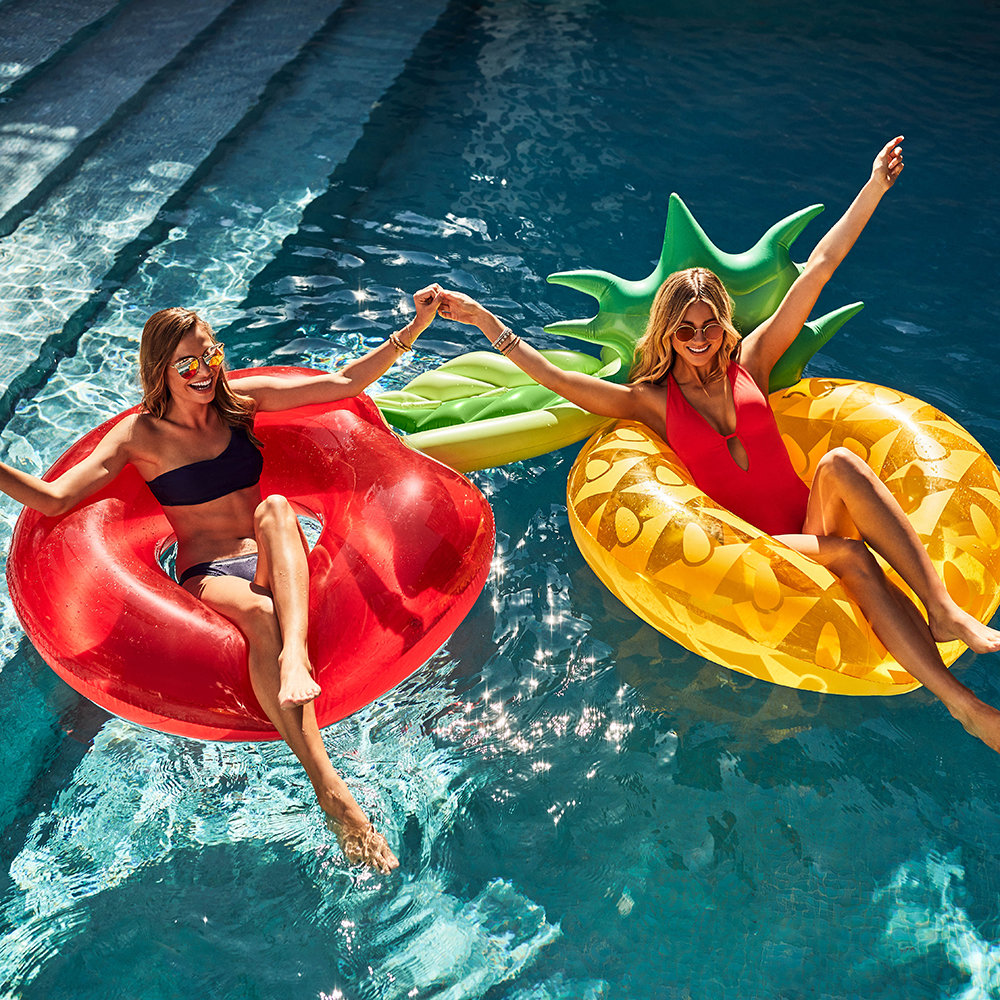 Sunnylife - Inflatable Pineapple Pool Ring