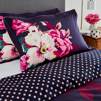 Winter Bloom Oxford Pillowcase - Navy