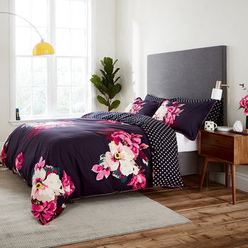 Winter Bloom Duvet Cover - Navy