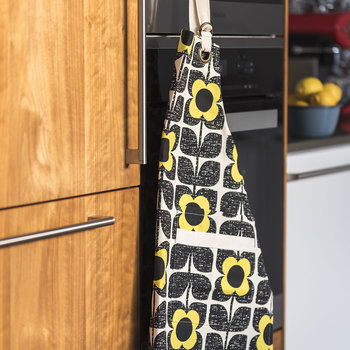 Scribble Square Flower Apron - Primrose