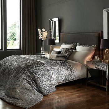 Angelina Quilt Cover - Truffle