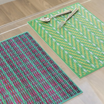 Braiding Print Vinyl Placemat - Green/Red