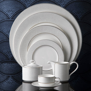 Effervesce Charger Plate - Pearl
