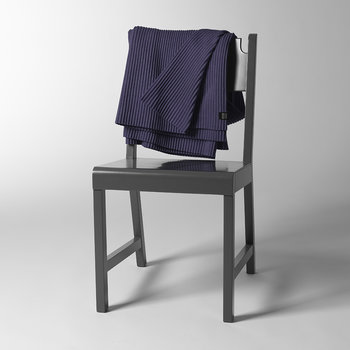 Pleece Throw - 140x170cm - Midnight Blue