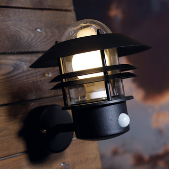 Blokhus Sensor Outdoor Wall Light - Black
